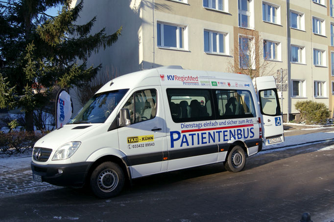 KV RegioMed Patientenbus